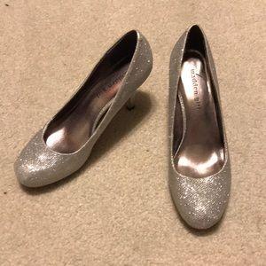 """3"""" shiny silver heels"""
